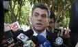 Romero Jucá enviou parecer preliminar propondo R$ 790 de salário mínimo