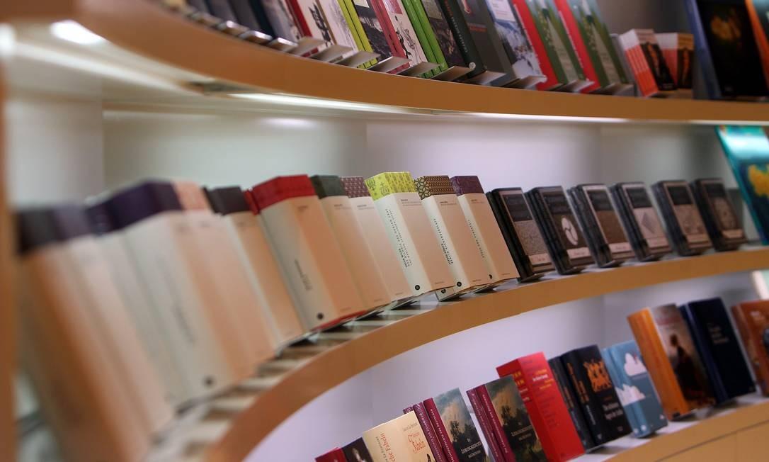 Livros em exposição na abertura da Feira de Frankfurt Foto: DANIEL ROLAND / AFP