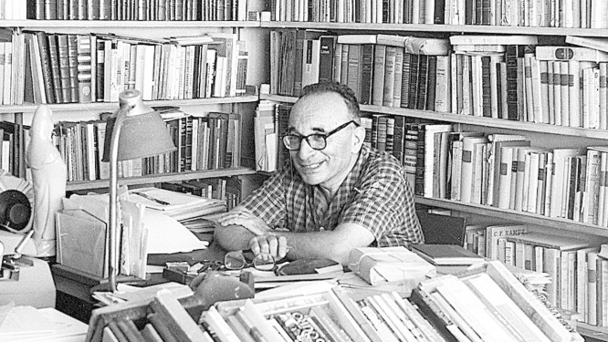 Paulo Rónai: antes de mais nada, um professor, que era contra a padronização de uma língua única Foto: 25-3-1965 / Arquivo O Globo