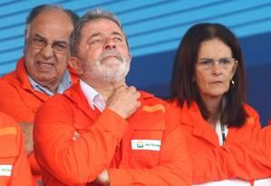Ex-presidente Lula inaugura a plataforma P-57 Foto: Agência O Globo / Gabriel de Paiva-07/10/2010