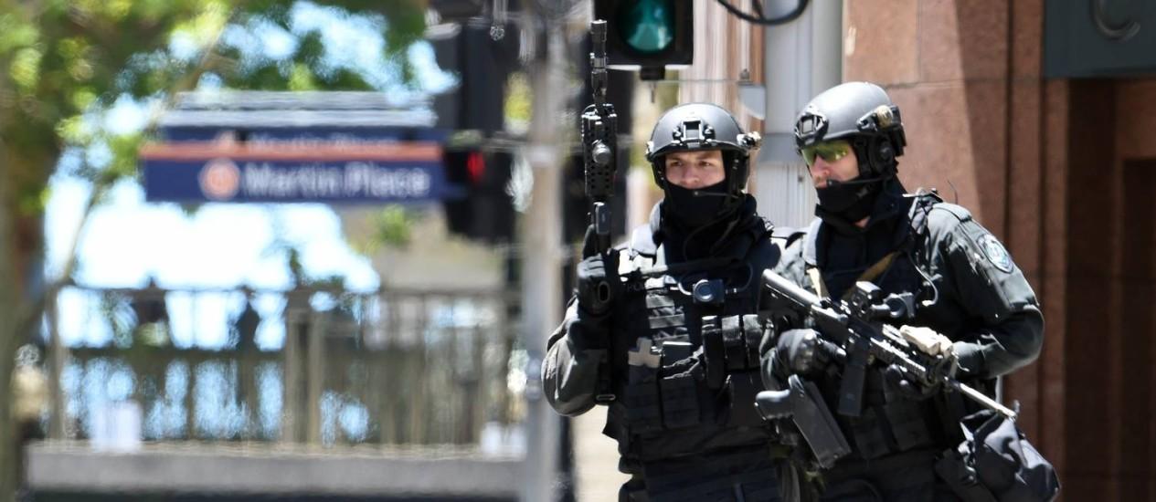 Membros de unidade de forças especiais acompanham sequestro: Austrália tem intensificado luta contra o terrorismo Foto: SAEED KHAN / AFP