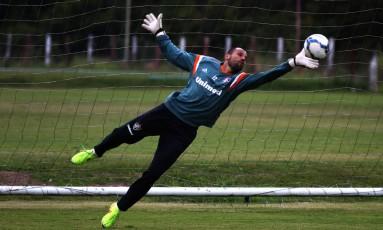 Diego Cavalieri renovou contrato com Fluminense Foto: Nelson Perez / Fluminense
