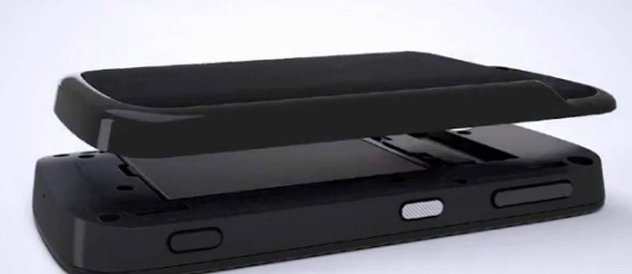 O Blackphone: capacidade de deletar todos os dados e criptografia avançada Foto: Reprodução