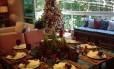 A moradora Eudeci Espírito Santo adora decorar a casa para o Natal. Mesmo que não celebre a véspera em seu apartamento, ela faz questão do clima natalino para receber amigos durante dezembro