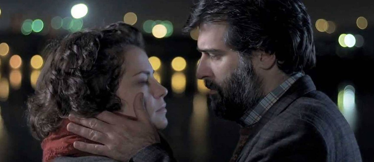 Dolores Fonzi e o protagonista Rafael Spregelburd vivem uma história de amor de cinema no filme de Hernán Guerschuny, em cartaz desde esta quinta-feira (25) no Rio. Foto: Divulgação