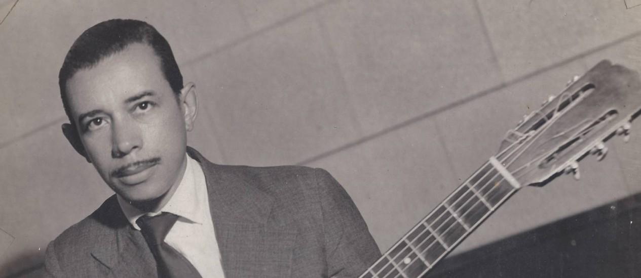 Tímido. Valzinho, em foto dos anos 1940: compositor e violonista, que faria 100 anos Foto: Álbum de família / Arquivo pessoal