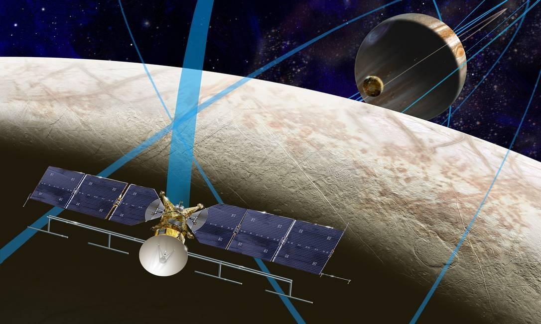 Ilustração mostra o cenceito da missão Europa Clipper, que estudaria a lua de Júpiter para saber se ela poderia ser habitada por formas de vida Foto: Nasa
