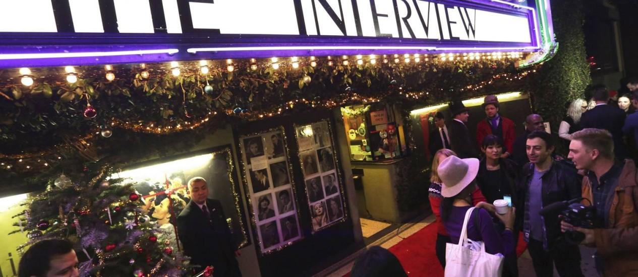 """A estreia de """"A entrevista"""" no Silent Movie Theatre, em Los Angeles, na California, teve um ótimo público Foto: JONATHAN ALCORN / REUTERS"""