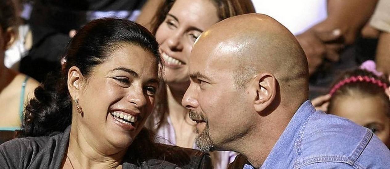 Primeiro filho. Adriana Pérez e o marido, Gerardo Hernández: gravidez de 8 meses e meio Foto: ENRIQUE DE LA OSA / REUTERS/20-12-2014