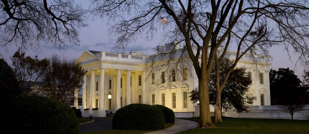 Funcionários da Casa Branca vão continuar a acompanhar a situação Foto: Jacquelyn Martin / AP