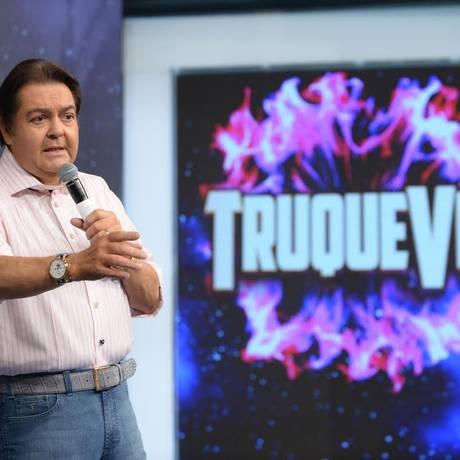 O quadro 'Truque VIP' mostra famosos fazendo mágica Foto: TV Globo