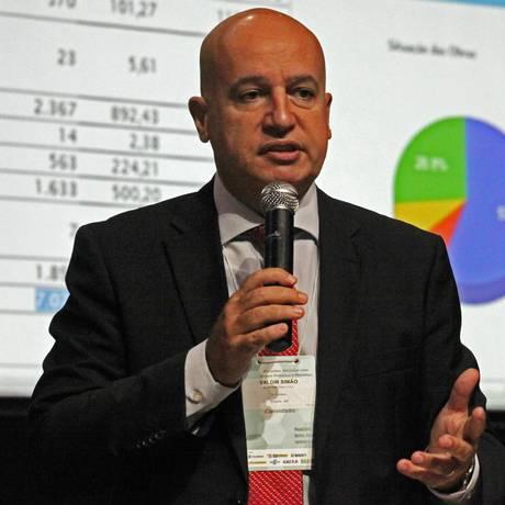 Ministro usou caso da Petrobras como argumento para agilizar regulamentação da Lei Foto: Arquivo O Globo