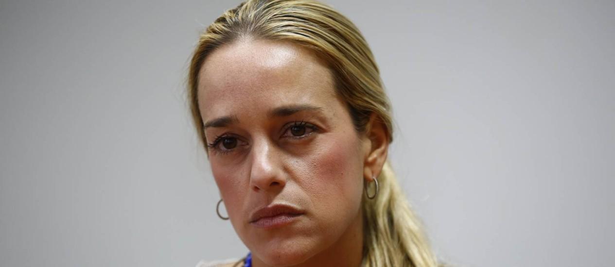 Lilian Tintori. Esposa de Leopoldo López afirmou no Twitter que proposta de Maduro mostra que líder opositor venezuelano é um preso político Foto: JORGE SILVA / REUTERS