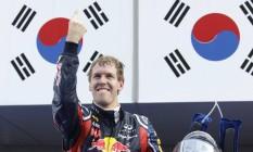Vettel comemora em 2011 uma de suas vitórias no GP da Coreia de Fórmula-1. Prova foi oficialmente retirada do calendário Foto: Toru Takahashi / AP