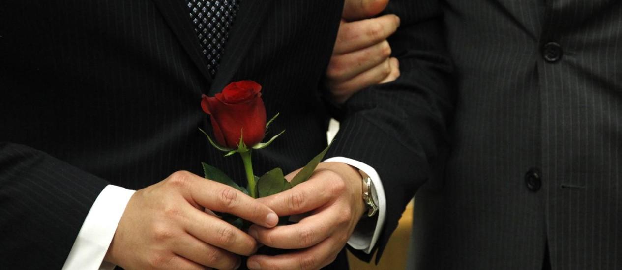Casal gay: padre irlandês defendeu a causa Foto: Elaine Thompson / AP