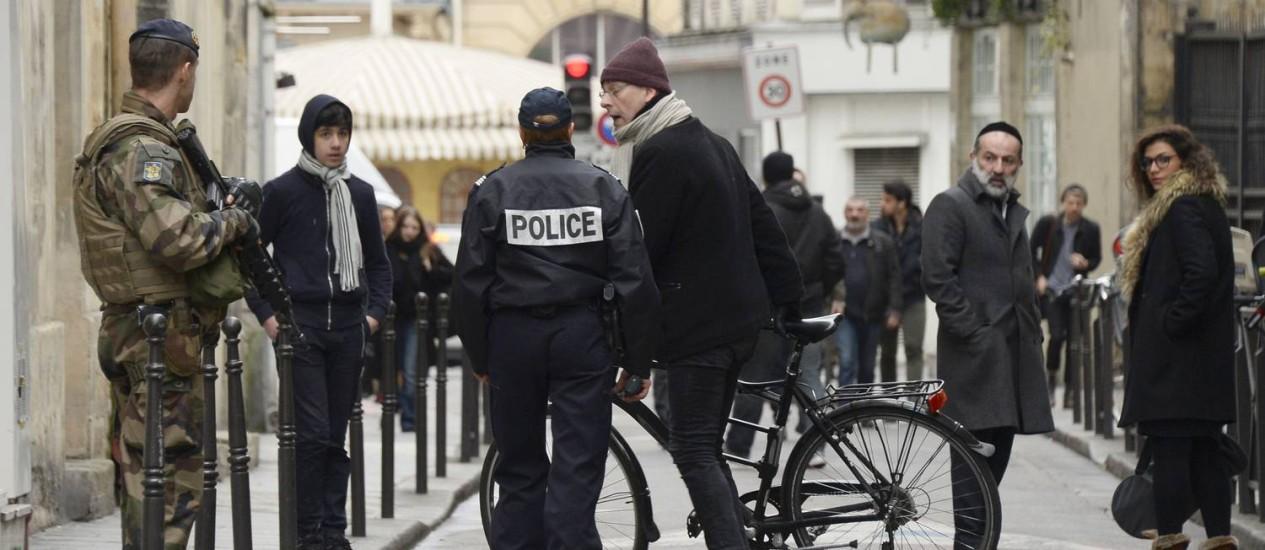 Autoridades francesas têm trabalhado para coibir incentivos ao extremismo Foto: BERTRAND GUAY / AFP