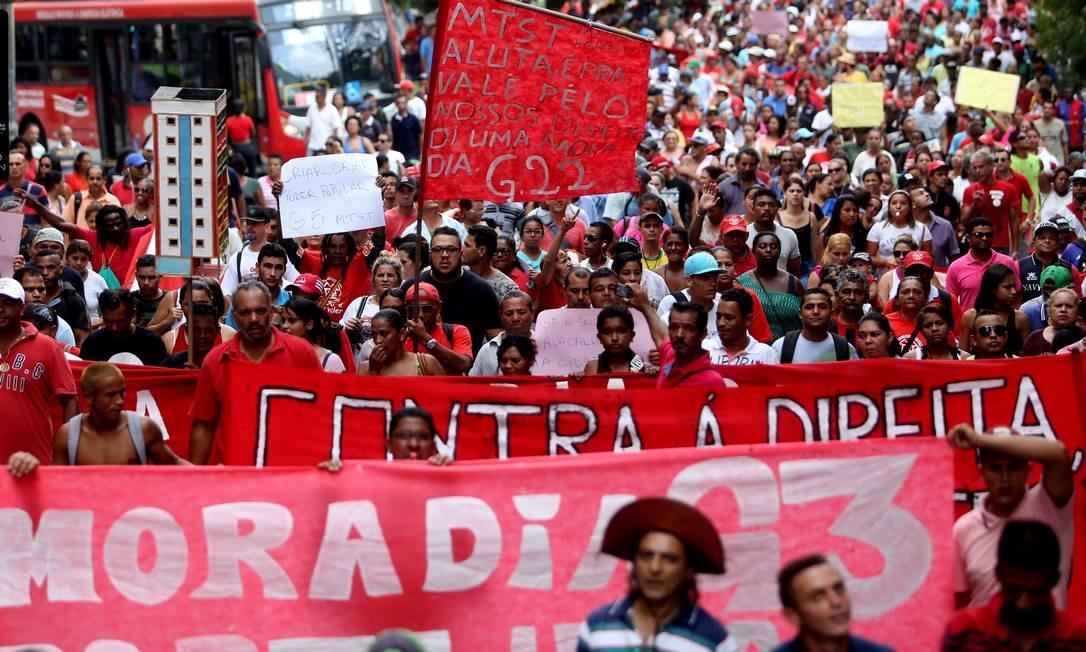 Protesto do MTST ocupou ruas do centro da capital paulista Foto: Fernando Donasci / Agência O Globo