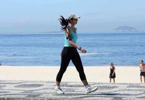 Caminhada diária de ao menos 20 minutos já traria benefícios para a saúde Foto: Gil Rodrigues / Agência O Globo