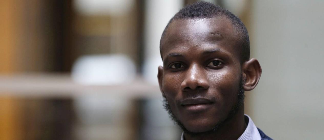 Lassana Bathily foi considerado heroi após conseguir esconder reféns de atirador Foto: FRANCOIS GUILLOT / AFP