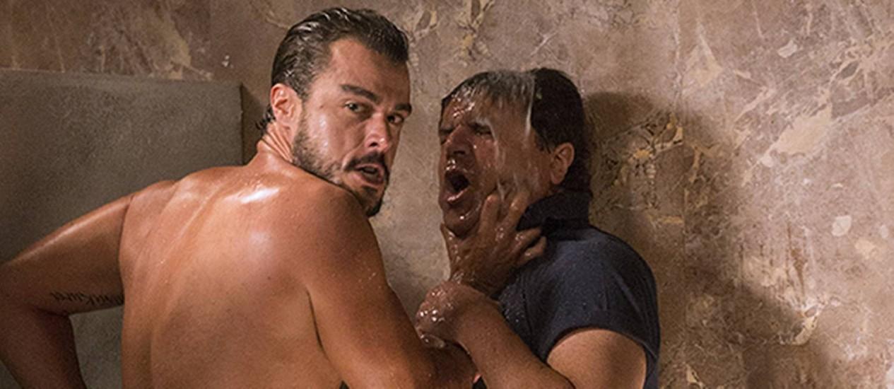 Joaquim Lopes e Laércio Fonseca em cena Foto: Fco.Patricio/ Reprodução do site de Aguinaldo Silva