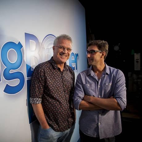 O apresentador Pedro Bial e o diretor Rodrigo Dourado Foto: TV Globo/Divulgação