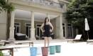 A socialite e empresária Roberta Nahas construirá um poço artesiano no quintal da casa de sua casa no bairro dos Jardins Foto: Mário Leite / O Globo