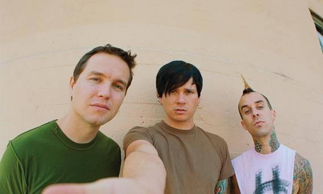 Após Tom DeLonge negar saída de Blink-182, banda confirma separação