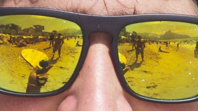 94cc677d0a005 Na praia. Produtos ópticos terão certificação no segundo semestre. Nos  óculos de sol,