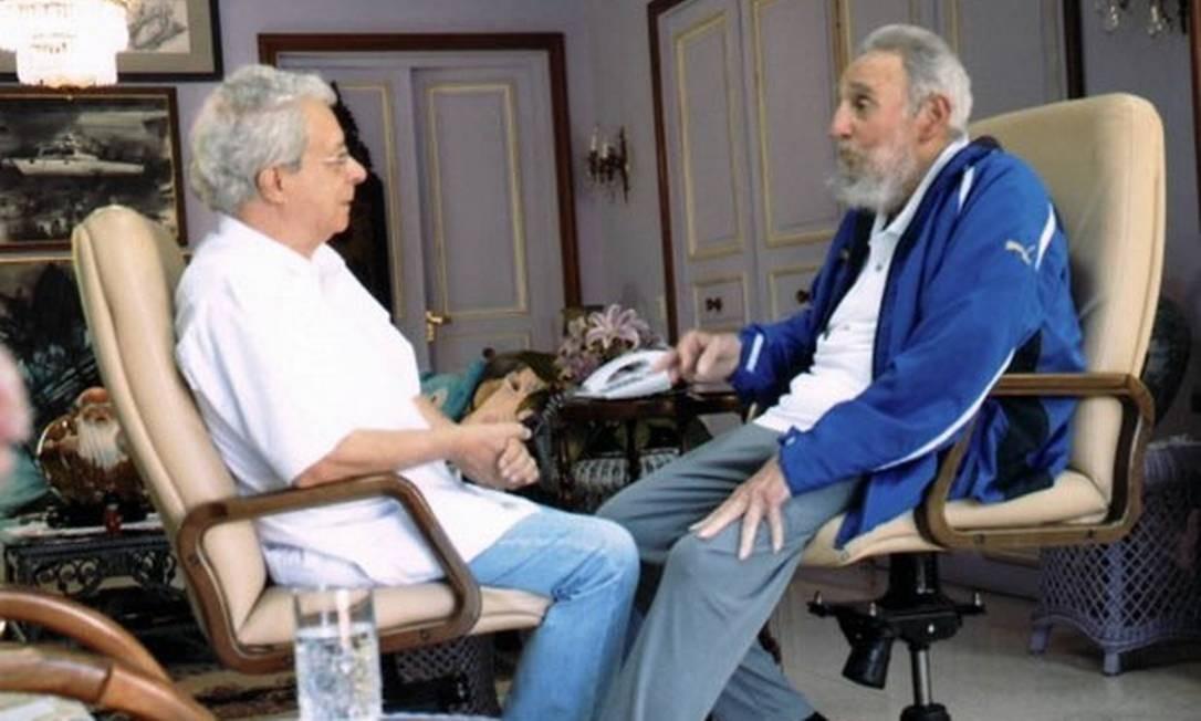 Frei Betto e Fidel Castro durante encontro em fevereiro de 2014: dupla não teve imagens divulgadas em nova conversa Foto: Cubadebate/AFP