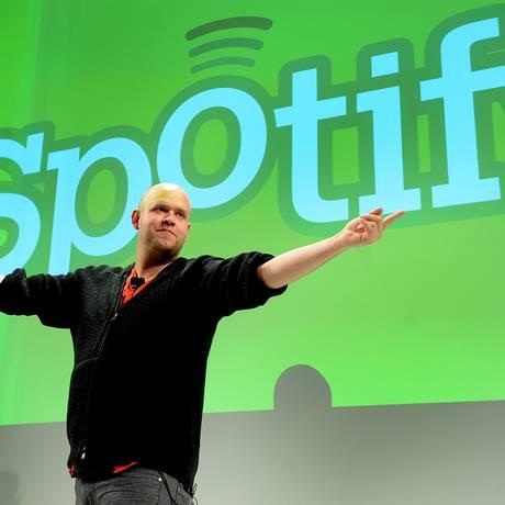 Daniel Ek, fundador do Spotify, está animado para trocar a trilha sonora de 'Fifa 2015' nos jogos do Arsenal Foto: Louis Lanzano / Bloomberg
