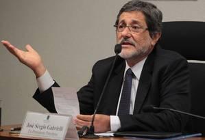 O ex-presidente da Petrobras José Sergio Gabrielli Foto: Givaldo Barbosa/25-6-2014 / Agência O Globo