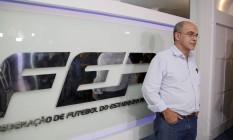 O presidente do Flamengo, Eduardo Bandeira de Mello, na sede da Federação Foto: Marcos Tristão / Agência O Globo