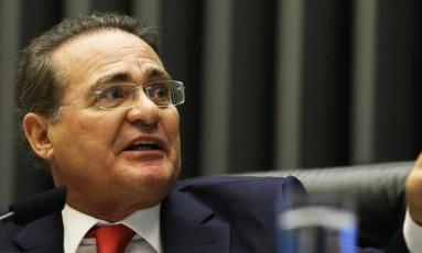 Presidente do Senado, Renan Calheiros tenta garantir reeleição Foto: Ailton de Freitas / Agência O Globo