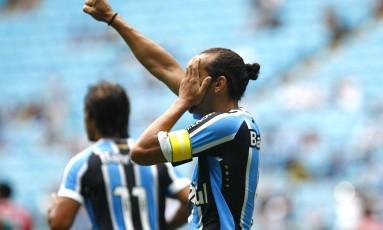 Barcos comemora um dos gols da vitória do Grêmio Foto: Lucas Uebel / Lucas Uebel/Grêmio FBPA