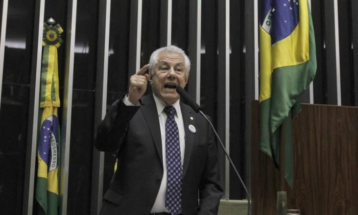 Petista Arlindo Chinaglia amealhou apenas 136 votos Foto: Givaldo Barbosa / O Globo