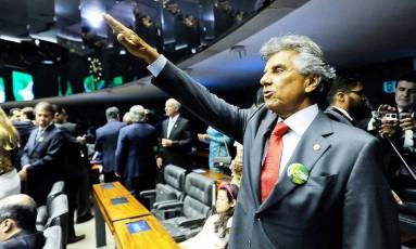 Beto Mansur (PRB-SP) durante juramento na posse do seu quinto mandato como deputado federal Foto: Divulgação