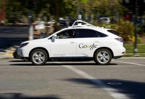 Por sua vez, Uber faz pesquisas para desenvolver carro autônomo Foto: David Paul Morris / Bloomberg