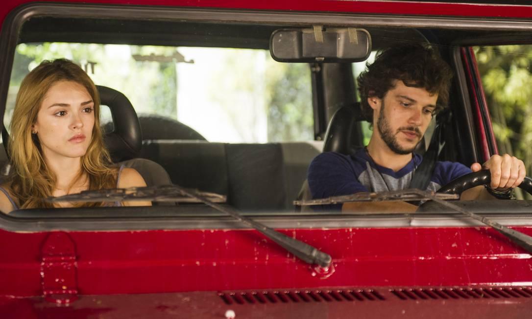 """Pedro ( Jayme Matarazzo ) e Julia ( Isabelle Drummond ) em cena de """"Sete vidas"""" Foto: TV Globo"""