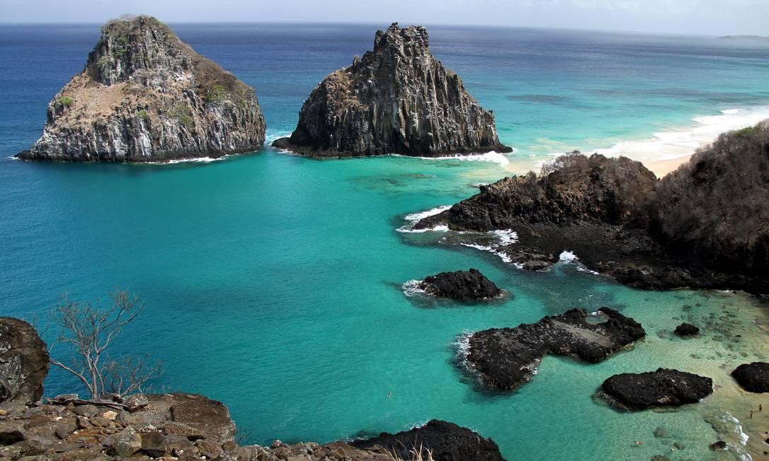 Símbolo. Morro Dois Irmãos, uma das tantas imagens ícones do arquipélago Foto: Fotos de Eduardo Vessoni
