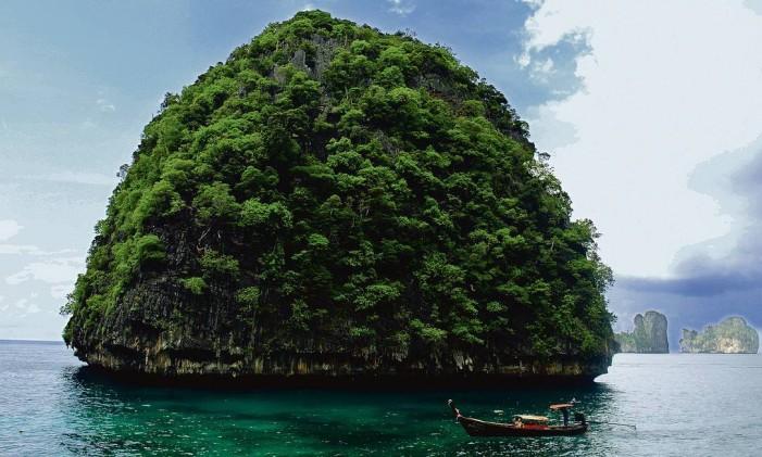Maya, em Phuket, na Tailândia Foto: Mariana Filgueiras / Agência O Globo