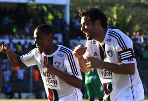 Artilheiro do Carioca, Fred comemora com Lucas Gomes o segundo gol do Fluminense diante do Boavista Foto: Nelson Perez / Fluminense