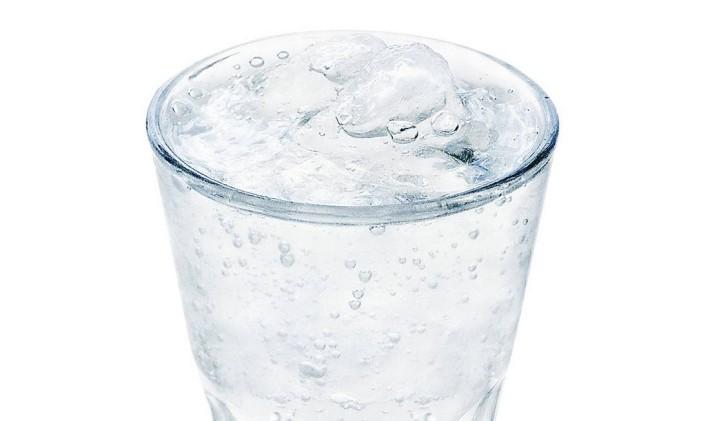 Água: de 150 ml a 300 ml por dia Foto: Arquivo