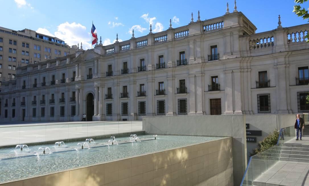 Santiago oferece experiências urbanas e gastronômicas para viajantes solitários