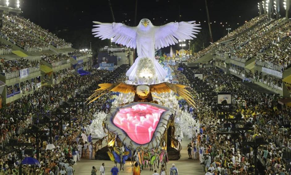 Á águia da Portela em forma de Cristo Foto: Cezar Loureiro