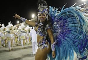 A rainha de bateria da Beija-Flor, Rayssa Oliveira Foto: Agência O Globo