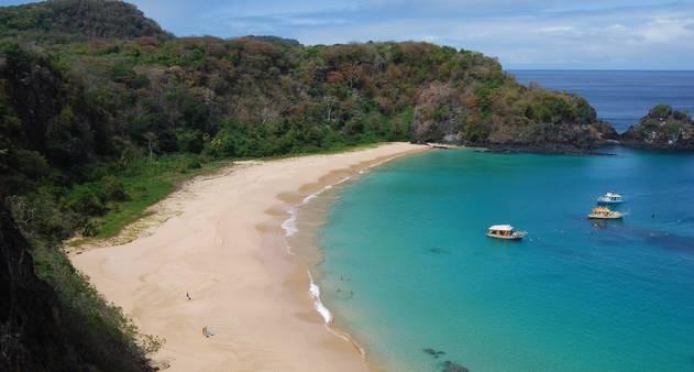 Baía do Sancho, em Fernando de Noronha, é reeleita a melhor praia do mundo em 2015 pelo TripAdvisor