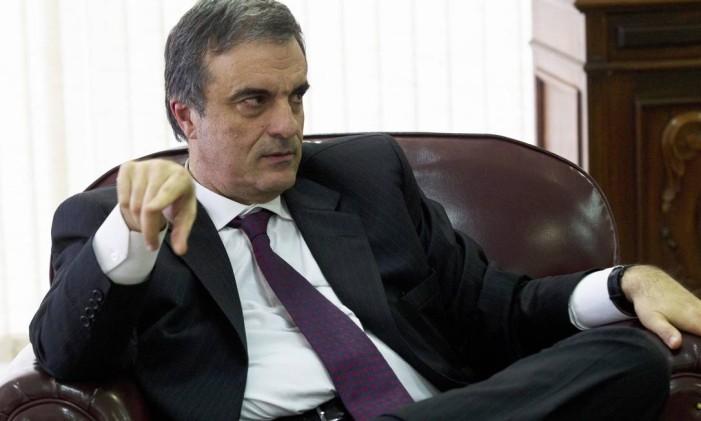 O ministro da Justiça, José Eduardo Cardozo Foto: Jorge William / Agência O Globo