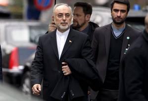 Ali Akbar Salehi, chefe da Agência Atômica Iraniana, após reunião em Genebra Foto: Salvatore Di Nolfi / AP