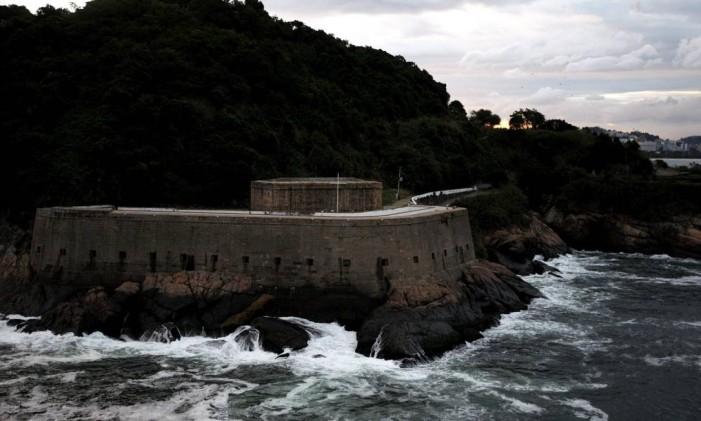 Forte que guarda a historia da cidade na entrada da Baía de Guanabara Foto: Custódio Coimbra / Agência O Globo