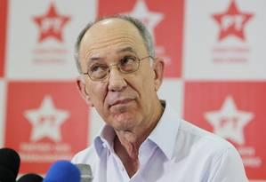 O presidente nacional do PT, Rui Falcão Foto: Michel Filho/27-10-2014 / Agência O Globo